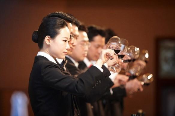 cinesi-vino-e-tasse-dimportazione